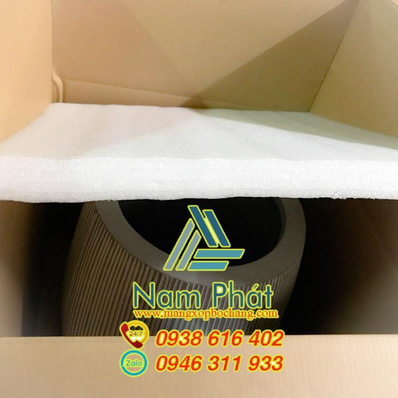 Xốp pe foam chèn hàng hiệu quả.Mút xốp pe foam sản phẩm chất lượng cao giá sỉ Liên hệ:0938.616.402 Ms Linh